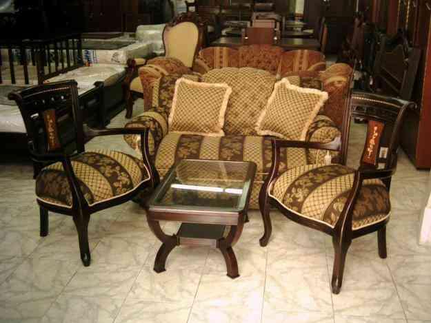 Salas y comedores madera tahiti milano isabelinos for Salas de madera modernas
