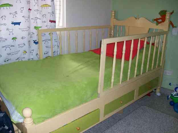 Vendo cama sencilla bogot hogar jardin for Cama sencilla