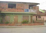 Vendo excelente casa bipisos independientes esquinera jamundi 210m2