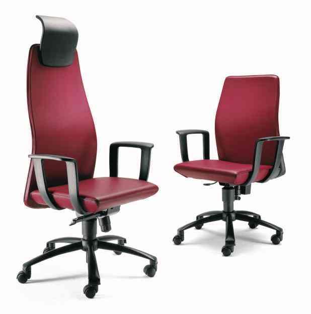 Fabrica de sillas giratorias en cuero gino jorsetti for Fabrica de sillas de jardin