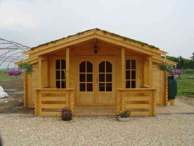 Casas prefabricadas en madera caba as kioscos juegos for Precios de cabanas prefabricadas
