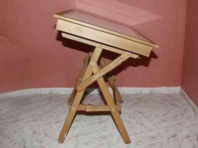 http://images.doplim.com.co/2013/03/28/651549072e3b73-mesa-de-dibujo-en-madera-75992.jpg