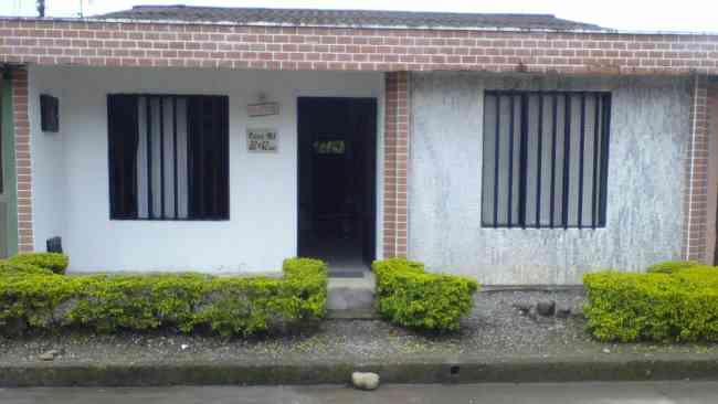 Vendo Casa en El Barrio La Rochela !