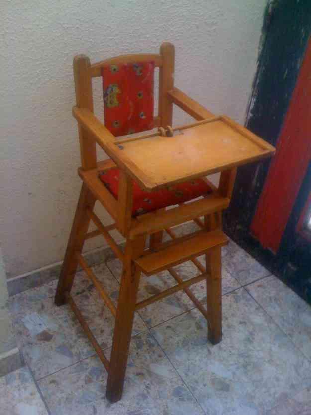 Ven permuto silla comedor de madera bogot art culos for Silla de bebe de madera