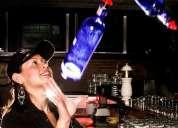 Barman a domicilio con su nuevo producto la flair bartender adriana laguna