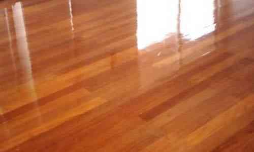 pulida y lacado de pisos