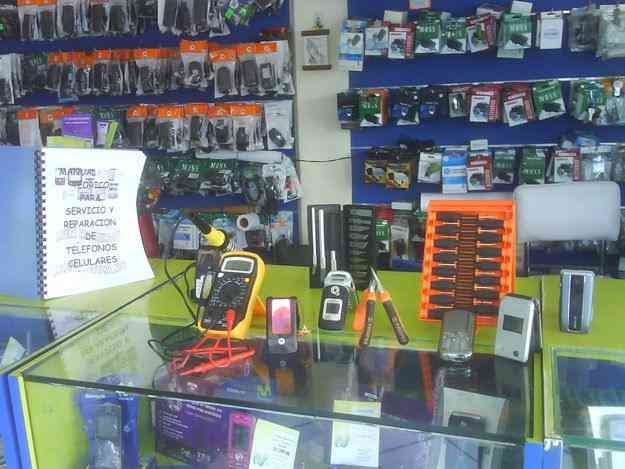 servicio tecnico y reparacion de celulares , venta de accesorios