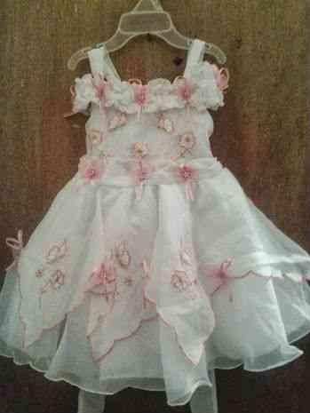 2afc674db 64ed8dd93e91bf-vestidos-de-bautizo-hermosos-4548 vestidos bautizo bogota