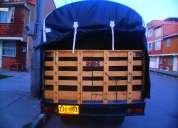Ofrezco camioneta nissan para servicio de acarreos